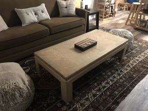 Light wood coffee table for Sale in Washington, DC