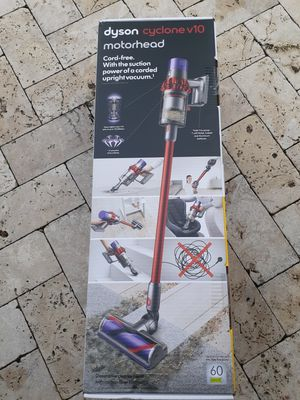 Brand new sealed box Dyson v10 cyclone cordless stick vacuum for Sale in Fort Lauderdale, FL