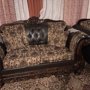 Woden Craved 3 Piece Sofa Set for Sale in Portland, OR
