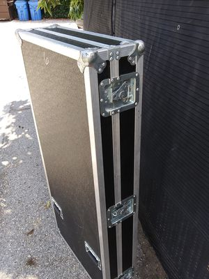 Anvil box road box DJ sound video editing hard boxes case excellent condition. for Sale in Culver City, CA