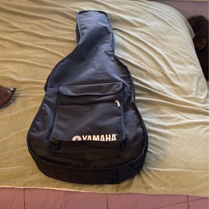 Acoustic Yahama Guitar for Sale in San Diego, CA