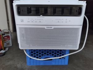 Window AC with remote and app for Sale in Riverside, CA