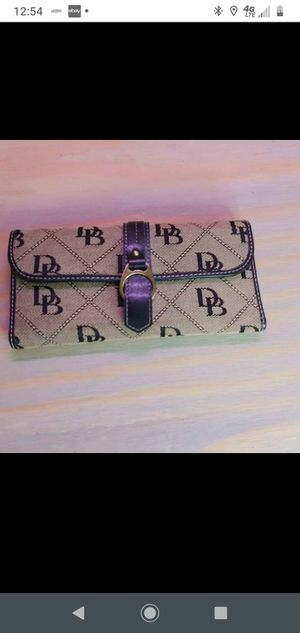 Dooney and Bourke wallet for Sale in Greenville, SC