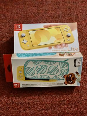 Nintendo Switch Console - Yellow W/ Carrying Case for Sale in Dallas, TX