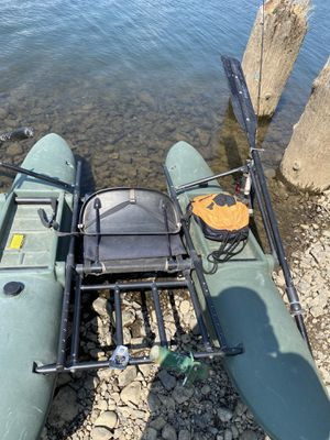 Hobie pontoon boat for Sale in Cascade Locks, OR