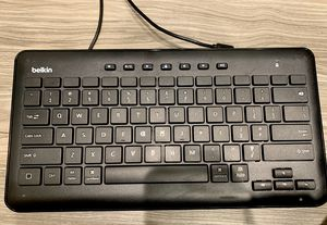 Belkin Wired Lightning Keyboard for iPhone iPad for Sale in Los Angeles, CA