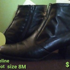 Madeline Fashon Boots for Sale in Danville, PA