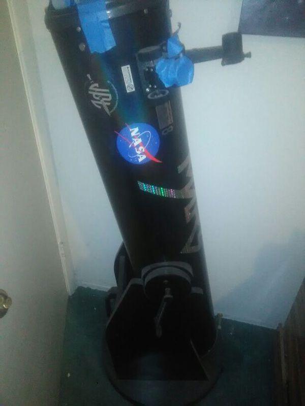 Orion, Dobsian style 10 nch mirror telescope.