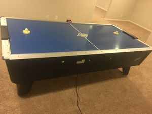 Electric Commercial air hockey table for Sale in Las Vegas, NV