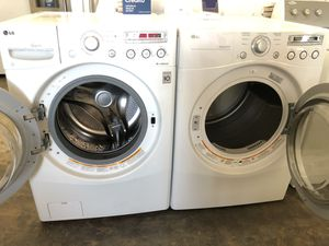🔥LG FRONT LOAD WASHER AND GAS DRYER SET 🔥 for Sale in Corona, CA