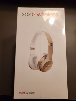 Beats Solo3 Wireless Sealed for Sale in Denver, CO