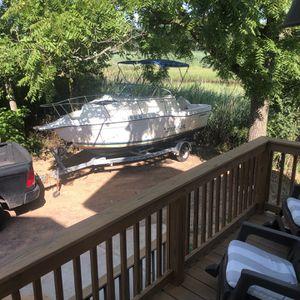 21ft Seaswirl Striper Fishing Boat for Sale in Union Beach, NJ