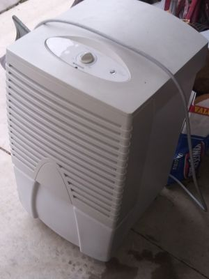 Frigidaire humidifier for Sale in Inkster, MI