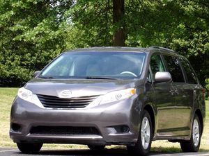 2011 Toyota Sienna for Sale in Madison, OH