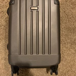 Carry On Lugged for Sale in Portland, OR