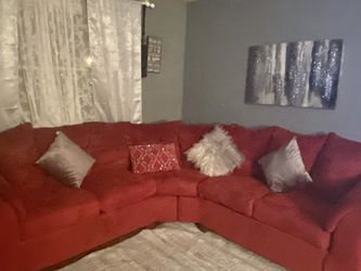 Red Couch 🛋 For Sale for Sale in Pittsburgh,  PA