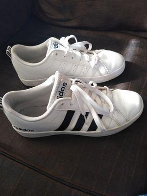 k Swiss shoes for Sale in Long Beach, CA