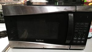 West Bend microwave for Sale in Nashville, TN
