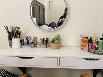 Floating shelf And Led Light Mirror for Sale in Hayward,  CA