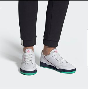 WOMEN'S ADIDAS CONTINENTAL 80 RARE GREEN SIZE 7.5 for Sale in Silver Spring, MD