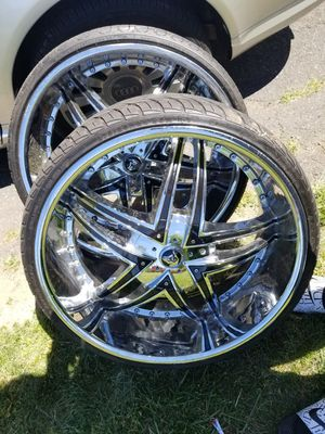 24 inch rims 1 tire flat but comes with 2 spare tires for Sale in New Britain, CT