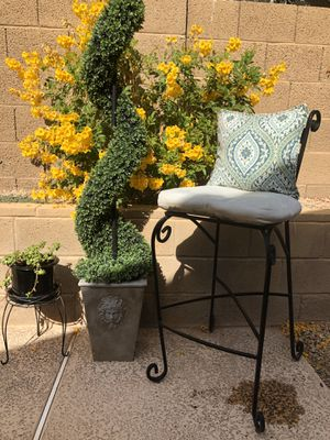 Black Iron Patio Chair with Cushions for Sale in Phoenix, AZ