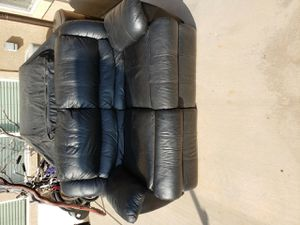 Leather Double recliner loveseat for Sale in Murrieta, CA