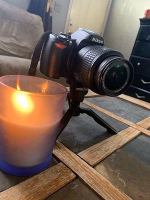 Nikon D60 with DX VR lens for Sale in Montclair, CA