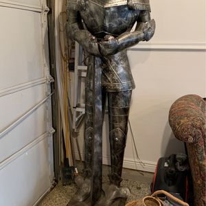 Knight for Sale in South Windsor, CT
