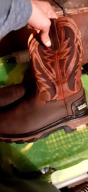 Ariat steel toe work boots 8.5 for Sale in Dallas, TX