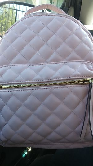 Liz claiborne. Pink leather womens backpack for Sale in Phoenix, AZ