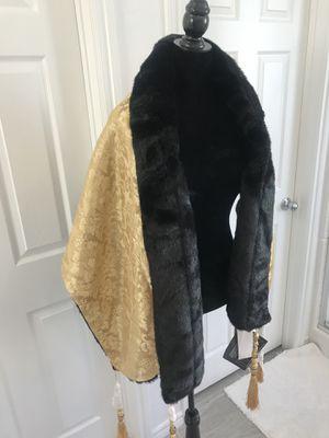 faux fur shawl wrap for Sale in LAS VEGAS, NV
