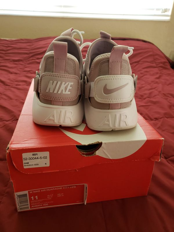 Nike Air Huarache City Low shoes sneakers womens size 11