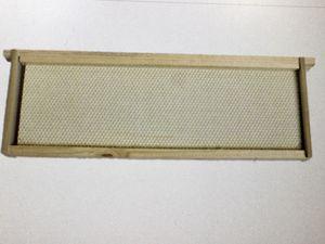 Medium plastic beehive frames quantity 86 for Sale in Murfreesboro, TN