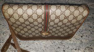 Gucci crossbody bag for Sale in Schaumburg, IL
