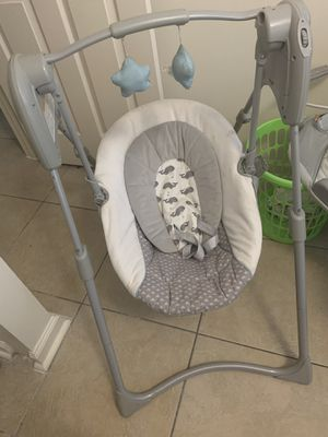 Baby graco swing for Sale in Miami, FL