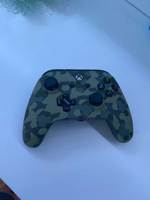 Wired controller (CASH ONLY) for Sale in Watertown, CT