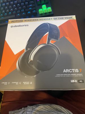 Wireless gaming headset for Sale in Sacramento, CA