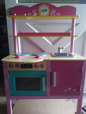Toy kitchen for Sale in Fullerton, CA
