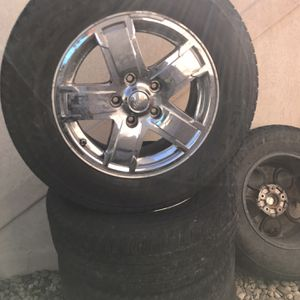 Wheels And tires For Jeep Cherokee 2005 for Sale in Littleton, CO
