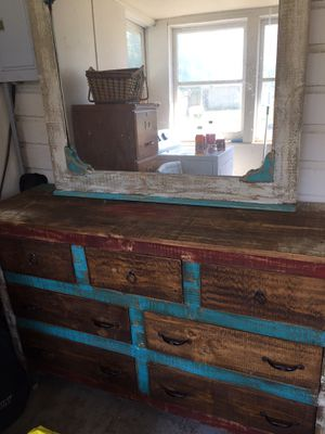 Beautiful dresser set and mirror for Sale in Warsaw, IL