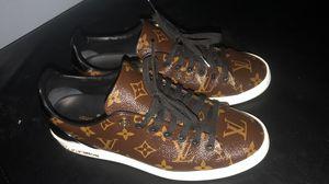 Women's Louis Vuitton sneakers for Sale in Tampa, FL