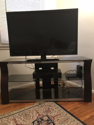 Like New Bell-O Triple Play TV Stand for Sale in Los Angeles, CA