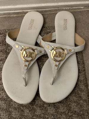 Micheal kors sandles for Sale in Fresno, CA