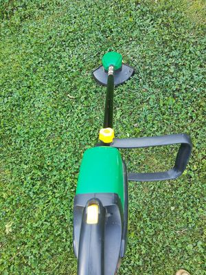 Weed eater for Sale in Glendale Heights, IL