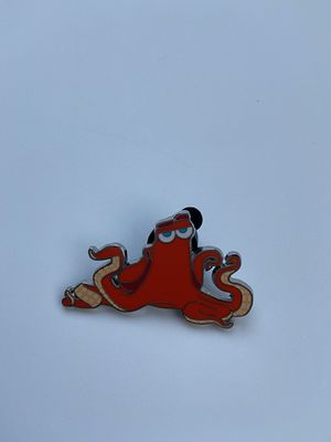 Hank finding dory Disney pin for Sale in Riverview, FL