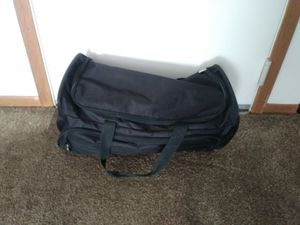 Large duffle bag for Sale in Olmsted Falls, OH