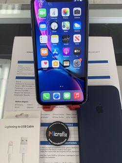 iPhone XR 128gb Unlocked for Sale in Tempe,  AZ
