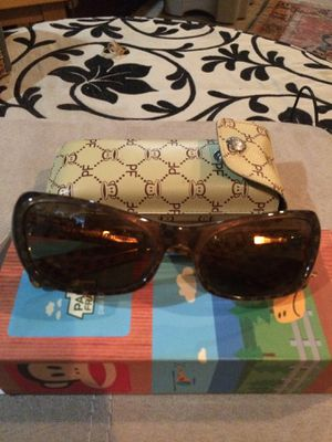 Paul frank ladies sunglasses for Sale in Brookfield, IL