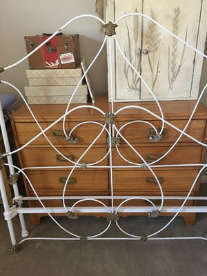 Antique Double Iron Bed for Sale in Frankfort, MI